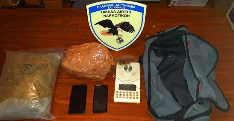 Σύλληψη δύο νεαρών στα Τρίκαλα με 880 γρ. κάνναβης