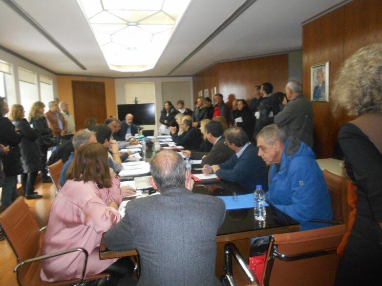Συμβολική κατάληψη καθαριστριών του χώρου συνεδρίασης του Πρυτανικού Συμβουλίου
