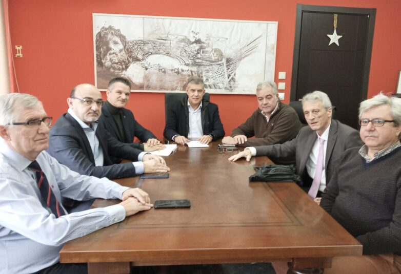 Ευρεία σύσκεψη με πρωτοβουλία Αγοραστού για τη δημόσια υγεία στη Θεσσαλία