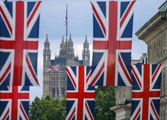 Με ηλεκτρονική άδεια και διαβατήριο η είσοδος στη Βρετανία μετά το Brexit