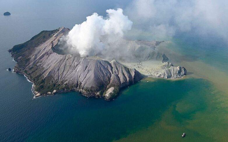 Πέντε νεκροί σε έκρηξη ηφαιστείου στη Νέα Ζηλανδία