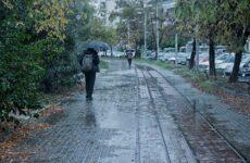 Ισχυρές βροχές και καταιγίδες αναμένονται από το μεσημέρι