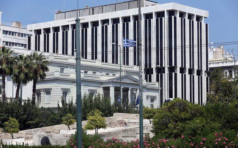Μπαράζ προκλήσεων από την Τουρκία σε Αιγαίο και Κύπρο