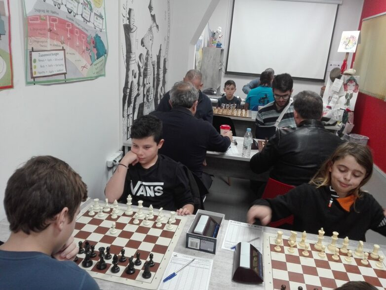 Πρώτη ιστορική νίκη της Ακαδημίας Σκακιστών Βόλου στο πρωτάθλημα Θεσσαλίας