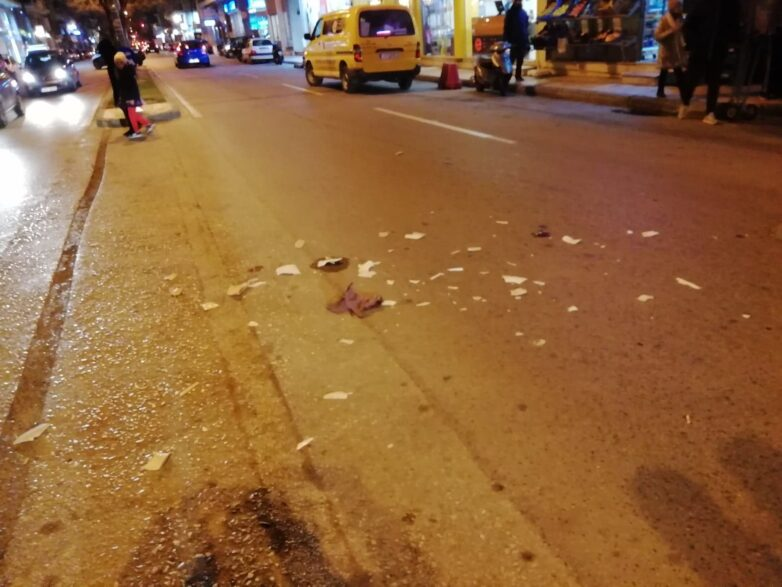 Παράσυρση και εγκατάλειψη πεζής από μεθυσμένο δικυκλιστή στην Ιωλκού