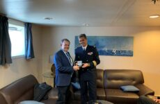 Στον λιμένα του Βόλου το ελικοπτεροφόρο του Γαλλικού Πολεμικού Ναυτικού «DIXMUDE»
