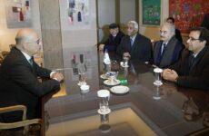 Στην Αθήνα για συναντήσεις με Μητσοτάκη – Δένδια ο στρατηγός Χαφτάρ