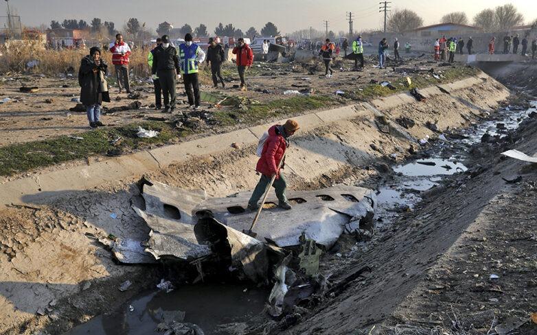 Ερωτηματικά για τη συντριβή του Boeing με 176 νεκρούς στο Ιράν