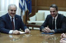 Χάφταρ σε Μητσοτάκη: Άκυρα τα μνημόνια με την Τουρκία