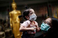 Κορωνοϊός: Σχεδόν 1.900 οι νεκροί στην Κίνα – Ο ΠΟΥ τάσσεται κατά «δυσανάλογων» μέτρων