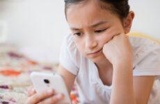 Μεγαλώνοντας παιδιά χωρίς κινητά