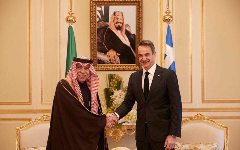Συνάντηση Κυρ. Μητσοτάκη με τον Σαουδάραβα υπουργό Εμπορίου και Επενδύσεων