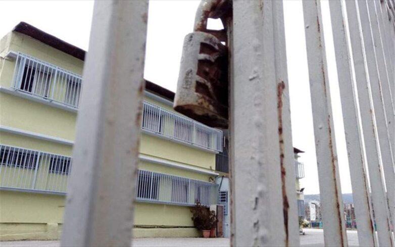 Κορωνοϊός: Κλειστά οκτώ σχολεία στην Αττική