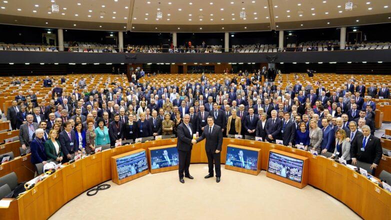 Πρόεδρος της Ευρωπαϊκής Επιτροπής των Περιφερειών ο Απ. Τζιτζικώστας