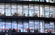 Η επιχείρηση καταβάλλει 3.729 ευρώ, αλλά ο εργαζόμενος παίρνει 1.923 ευρώ