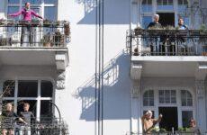 Κορωνοϊός: Ειδικοί εξηγούν γιατί η Γερμανία έχει λιγότερους θανάτους