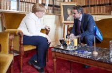 Συνάντηση Μέρκελ – Μητσοτάκη τη Δευτέρα για την κατάσταση στα σύνορα