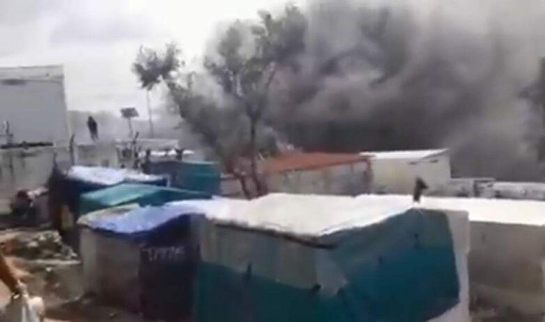 Λέσβος: Μεγάλη πυρκαγιά στο ΚΥΤ της Μόριας – Νεκρός ένας ανήλικος