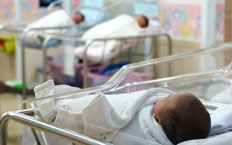 Καταβάλλεται σήμερα η πρώτη δόση του επιδόματος γέννησης σε 7.203 μητέρες