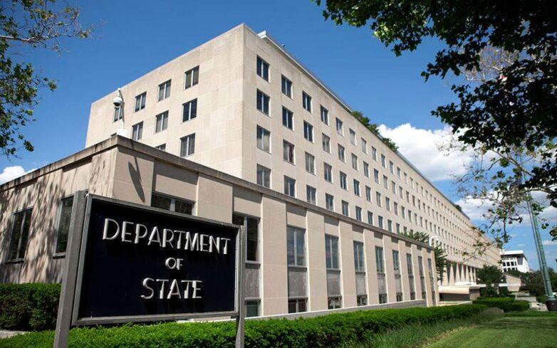 Οι ΗΠΑ κάλεσαν για εξηγήσεις τον Κινέζο πρέσβη μετά από δηλώσεις αξιωματούχου πως ο αμερικανικός στρατός έφερε τον κορωνοϊό στη Γουχάν