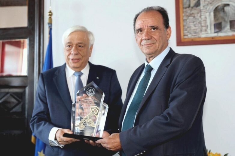 Συμπαράσταση Προκ. Παυλόπουλου στον δοκιμαζόμενο Δήμο Ζαγοράς – Μουρεσίου