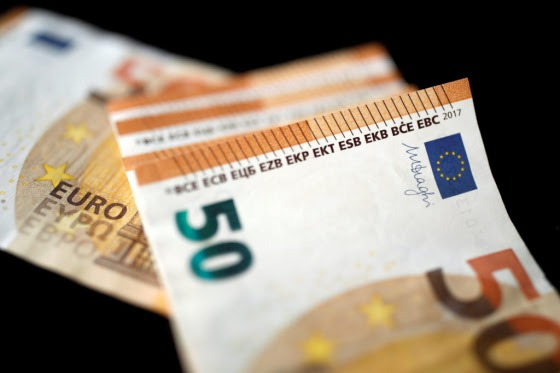 Νέες κατηγορίες εργαζομένων στους δικαιούχους των 800 ευρώ