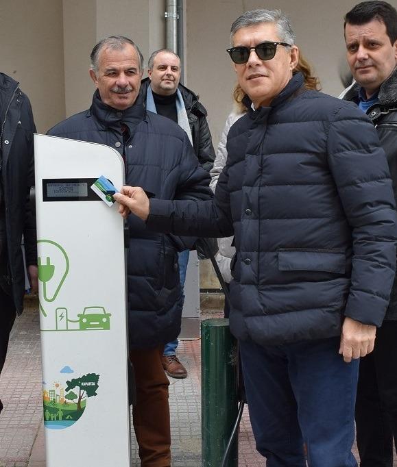 Νέους σταθμούς φόρτισης ηλεκτρικών οχημάτων εγκαθιστά η Περιφέρεια Θεσσαλίας