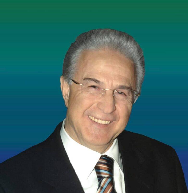 Απεβίωσε ο γιατρός και πρώην δήμαρχος του πρώην Δήμου Κάρλας Θανάσης Παπαδήμας