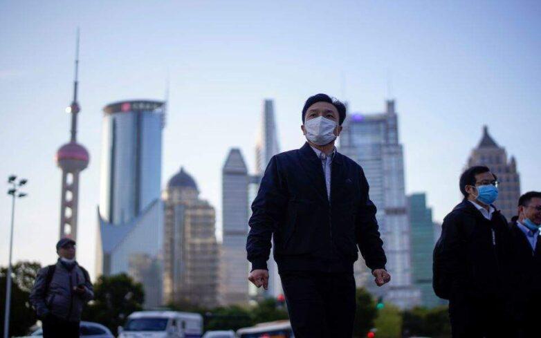 CDC: Ο ιός μπορεί να μεταδοθεί μία με τρεις ημέρες προτού εκδηλωθούν συμπτώματα