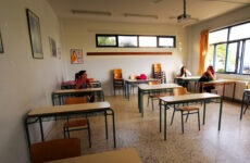 Φιλ. Κωνσταντινίδης: Ναι στο άνοιγμα των σχολείων χωρίς ελλείψεις