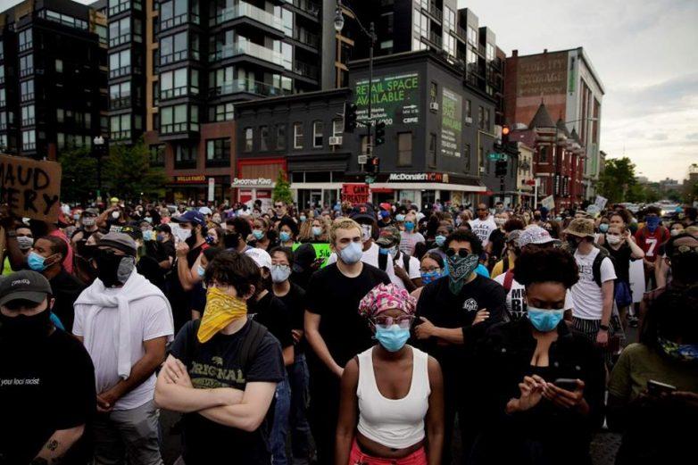 Κάλεσμα σε συγκέντρωση καταδίκης του ν/σ για τον περιορισμό των διαδηλώσεων