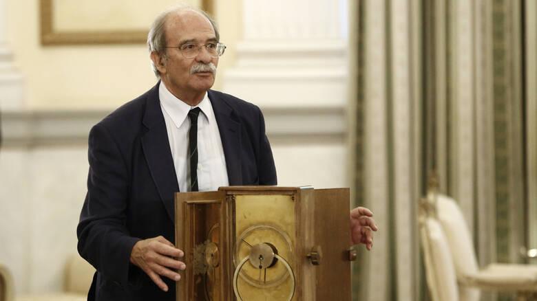 Ο αείμνηστος καθηγητής Γιάννης Σειραδάκης και η προσφορά του στην Εταιρεία Αστρονομίας και Διαστήματος