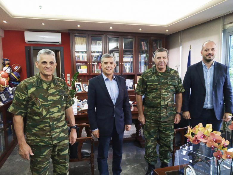 Επίσκεψη του Αρχηγού ΓΕΣ στον Περιφερειάρχη Θεσσαλίας