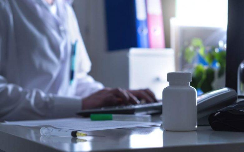 47χρονος «γιατρός» εξαπάτησε μέχρι και επιστήμονες