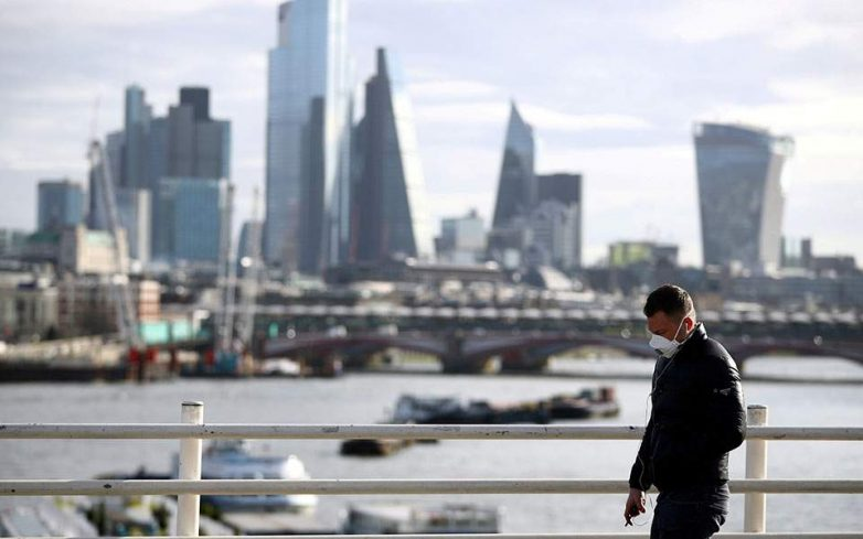 Σήμα κινδύνου από τον ΠΟΥ: Η χαλάρωση των μέτρων φέρνει αύξηση των κρουσμάτων