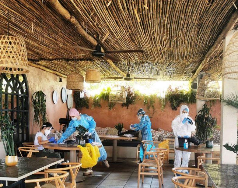 Δείγματα για κορωναϊό σε καλοκαιρινό καφέ πριν τον Άναυρο