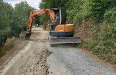 Καθαρίζει ερείσματα και φρεάτια στο οδικό δίκτυο Μαγνησίας -Σποράδων η Περιφέρεια Θεσσαλίας με νέο έργο 300.000 ευρώ