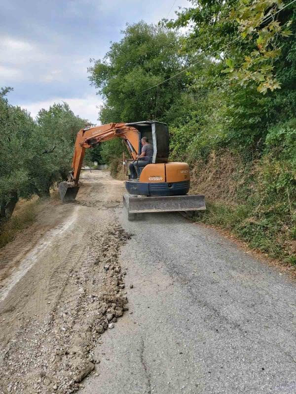 Ξεκίνησαν οι εργασίες εκτέλεσης του έργου αποκατάστασης ζημιών και καταστροφών του οδικού δικτύου της ΔΕ Αφετών