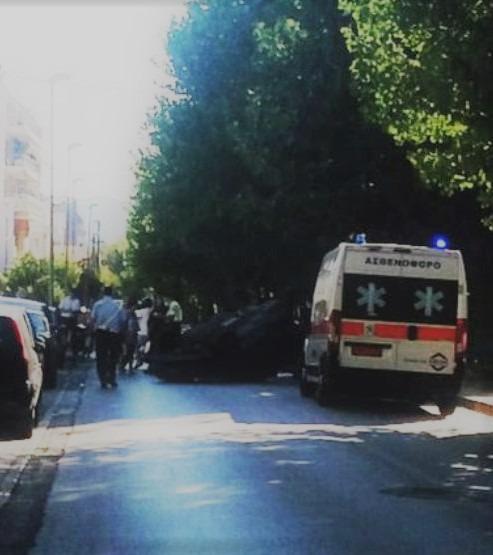 Ανατροπή αυτοκινήτου στην οδό Ζάχου με δύο ελαφρά τραυματίες
