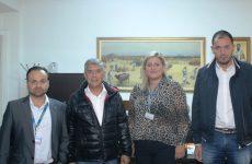 Δωρεά εμφιαλωμένων νερώνγια τους πληγέντες σε Φάρσαλα και Καρδίτσα