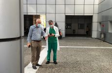Ένας γιατρός στη σημερινή 24ωρη απεργία στο Νοσοκομείο Βόλου
