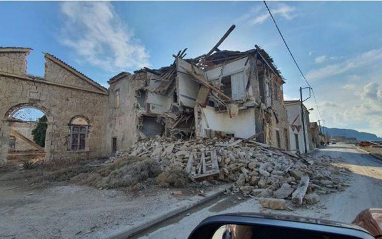 Δύο νεκρά παιδιά, οκτώ τραυματίες και εκτεταμένες ζημιές σε παλαιά κτίρια της Σάμου (φωτογραφίες)