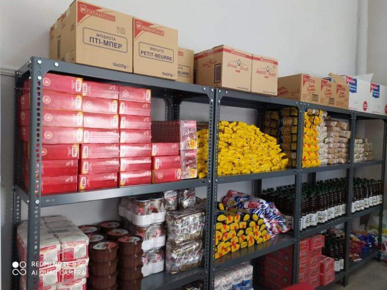 Δωρεά τροφίμων στο Κοινωνικό Παντοπωλείο Δήμου Ρήγα Φεραίου από το Κοινωφελές Ίδρυμα Σταύρος Νιάρχος