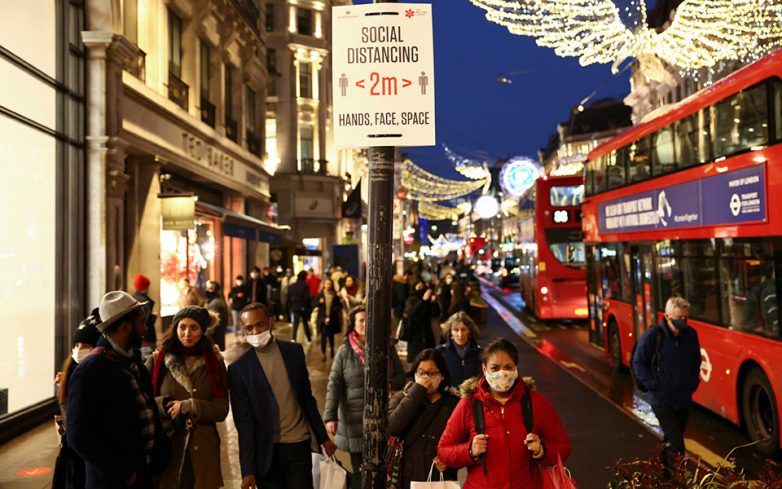 Πληθαίνουν τα lockdown ενόψει Χριστουγέννων