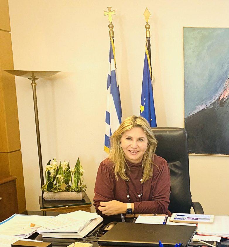 Ζέττα Μακρή: «Συνεργασία με επαγγελματικούς φορείς της Μαγνησίας για τις προδιαγραφές της Νext e.Go»