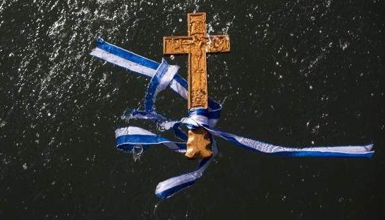 Πανελλήνια Ένωση Θεολόγων: Προβληματίζει και διχάζει η στροφή της Πολιτείας «εις τα οπίσω»