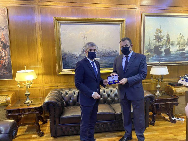 Συνάντηση Αγοραστού- Παναγιωτόπουλου στο Υπουργείο Εθνικής Άμυνας