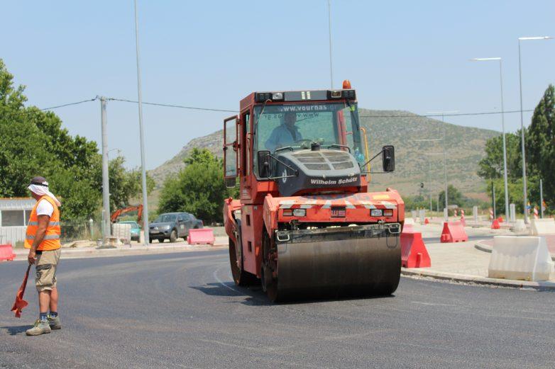 Προχωράη ολοκλήρωση του παράπλευρου δικτύου της Εθνικής Οδού Λάρισας – Τρικάλων