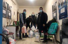 Παράδοση αγαθών από την ΟΝΝΕΔ Μαγνησίας στους σεισμοπαθείς της Λάρισας