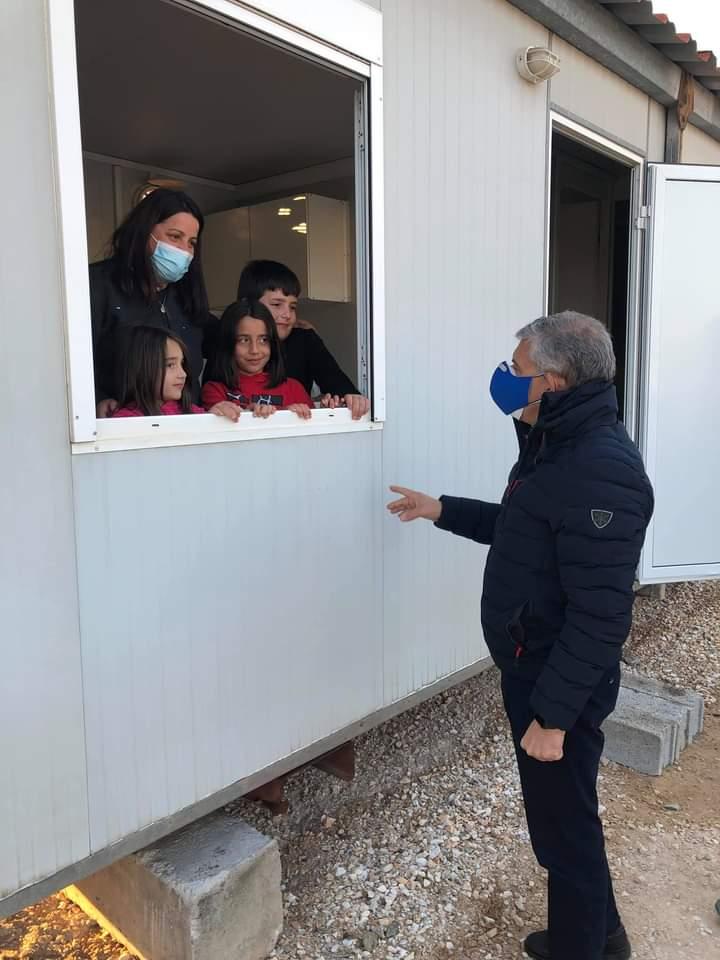 Εγκαταστάθηκαν οικογένειες σε οικίσκους στο Βλαχογιάννι